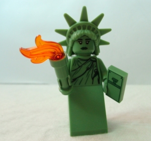 LEGO Collectible Minifigure Series 6 Statue of Liberty