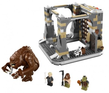Star Wars Rancor Pit with Rancor Figure and Minifigures