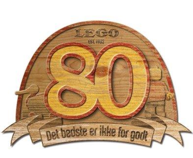 LEGO Group 80 Year Anniversary Wooden Plaque - Det bedste er ikke for godt