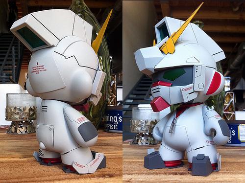 Munny Kidrobot Unicorn Gundam