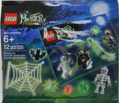 LEGO Spider web, spider, skeleton and bat
