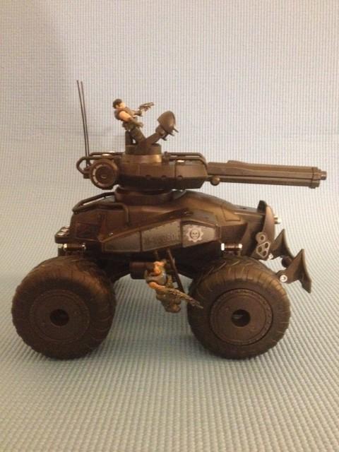 Erector Gears Of War Centaur Side