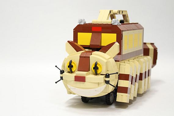 LEGO My Neighbor Totoro Catbus