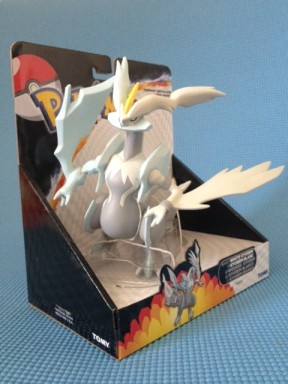 Tomy Pokemon White Kyurem Figure-Box