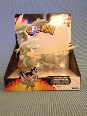 Tomy Pokemon White Kyurem Figure Box Front