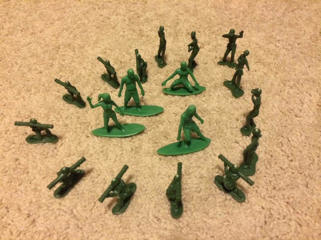 AJs Toy Boarders Vs Green Plastic Army Men - 3