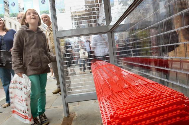 LEGO Bus Stop Bench